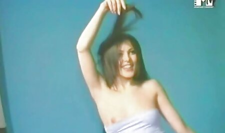 日本の女の子はもっと情熱的です スケベ 女 エロ 動画