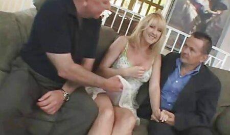 男は愛の完全な黒の革のジャケットで彼の妻をキャッチ 女 だけ の エロ 動画
