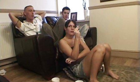 女の子は最後に売春婦のように犯されました。 無料 無 修正 女 風呂