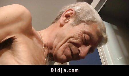 情熱的な男性の大きなコックに薄いブルネットオーガズム 塾 女 無 修正 動画